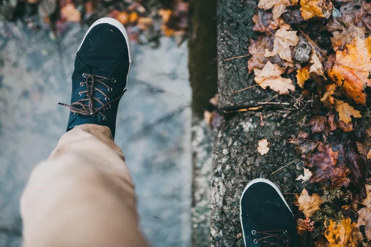 Alege o pereche de pantofi casual de barbati din piele natura pentru promenada