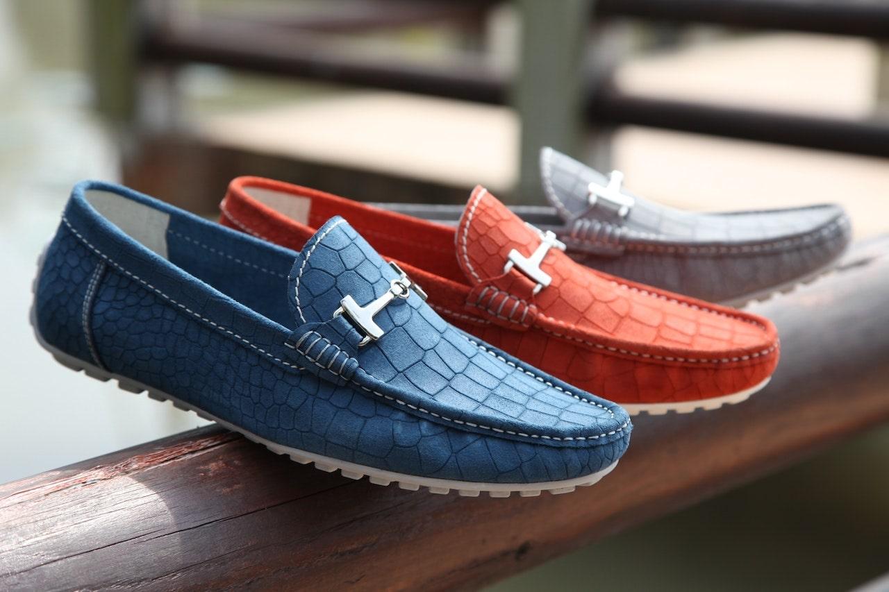 Alege pantofii casual de barbati in weekend atunci cand iesi la primbare